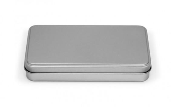 Caja de metal rectangular