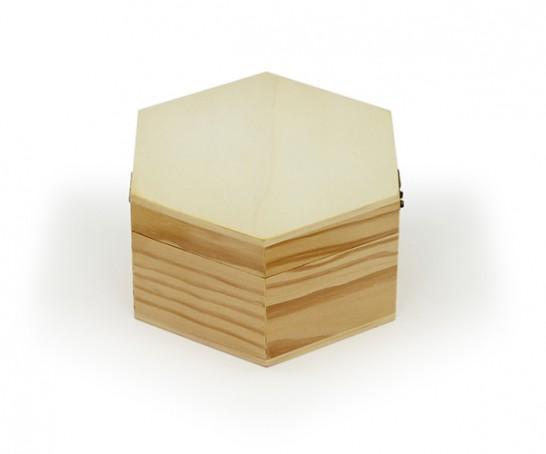 Caja de madera en formato hexagonal