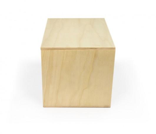 Caja de madera grande
