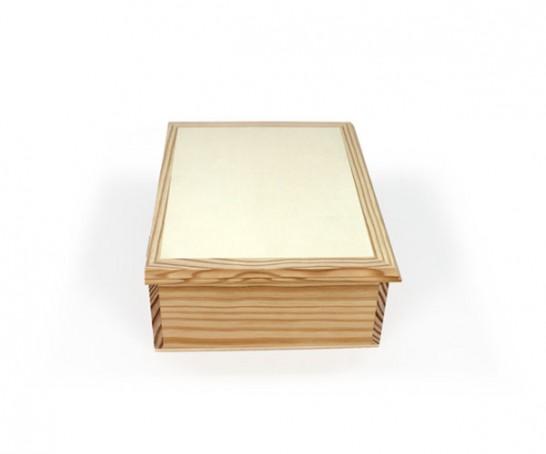 Caja con bandeja