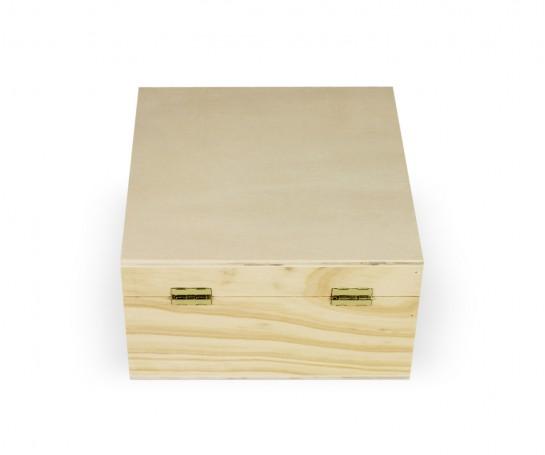 Caja con 4 divisorias