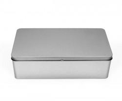 Caja de metal L