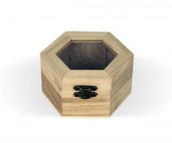 Caja de madera con tapaen vidrio