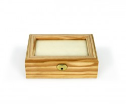 Caja pequeña con vidrio